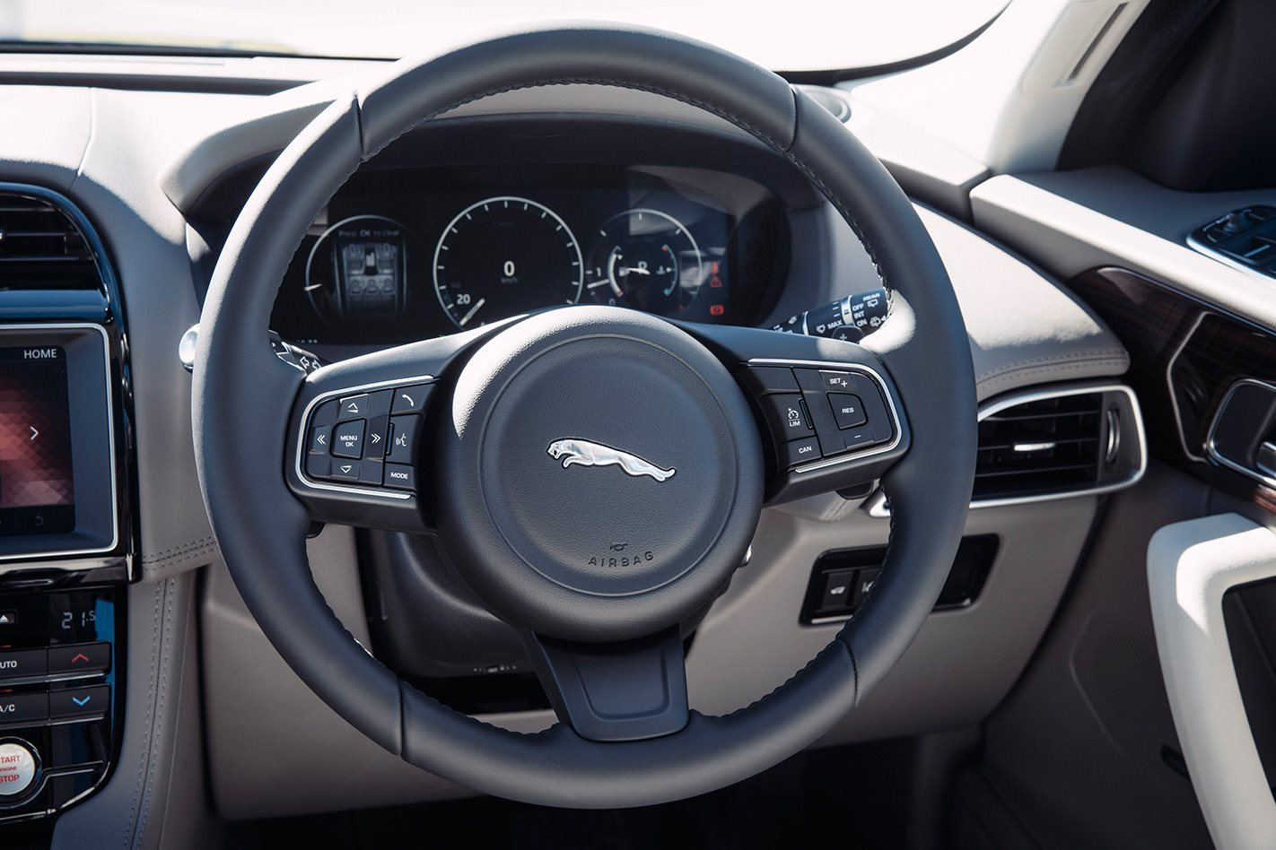 Jaguar F Pace 2018 Review Price Features 2017 Suv Interior