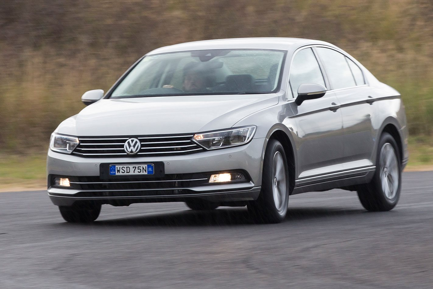 Volkswagen Passat Review, Price & Features