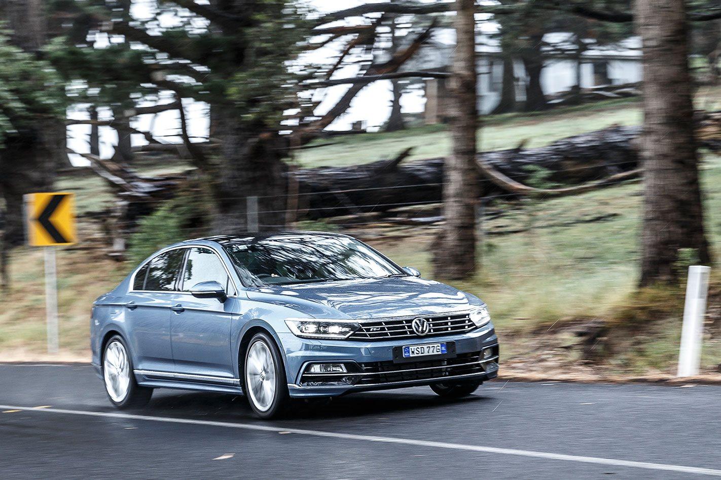 Volkswagen Passat Review, Price & Features
