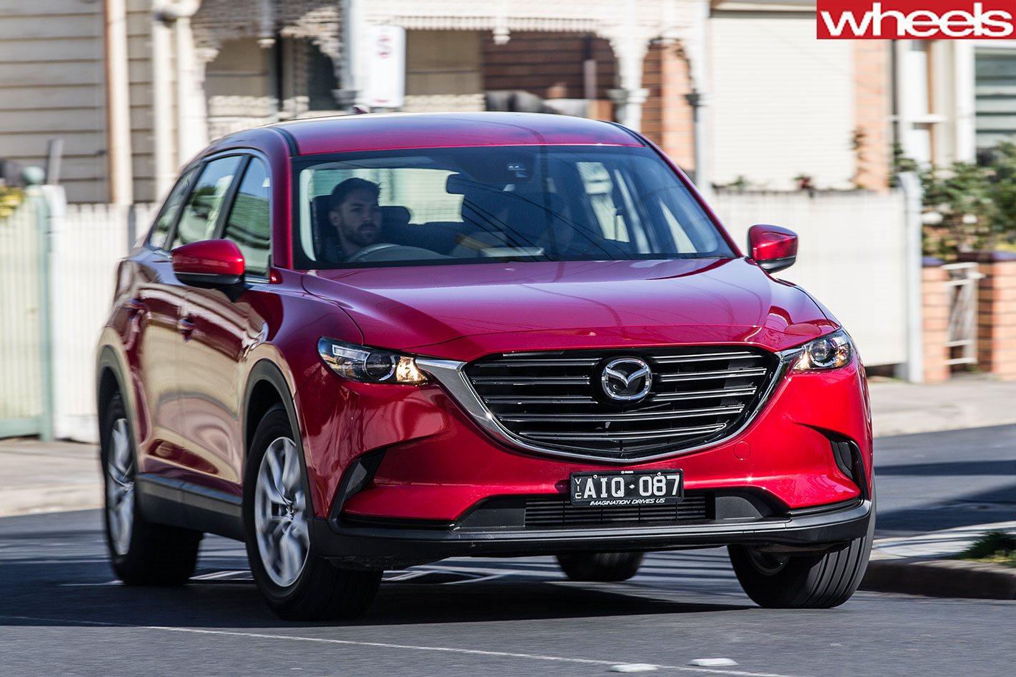 Mazda CX-9 reviews: advantages and disadvantages 42