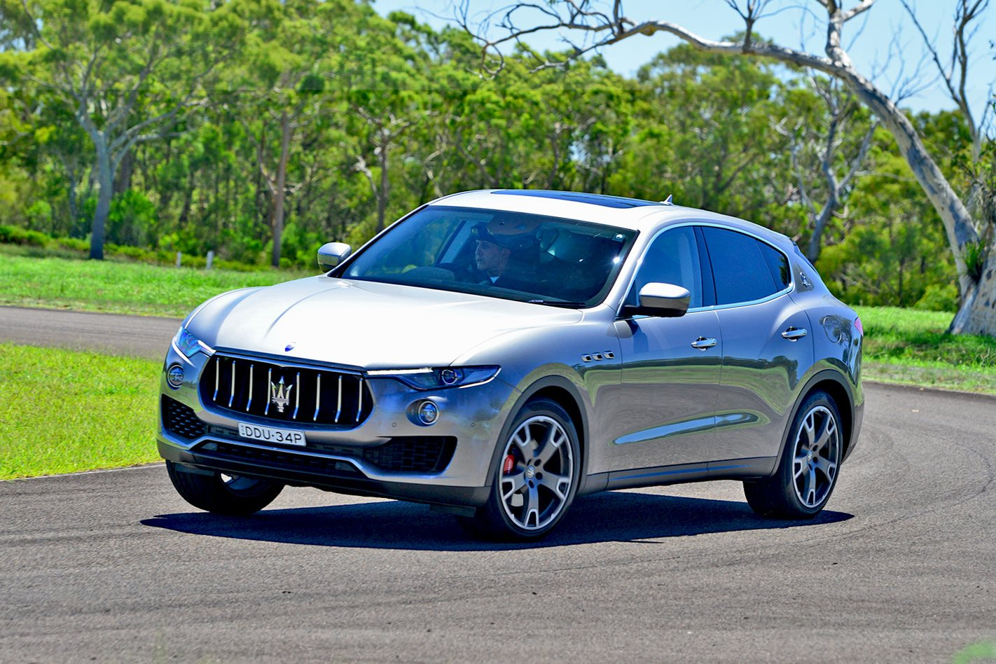 2017 maserati levante diesel quick review. Black Bedroom Furniture Sets. Home Design Ideas
