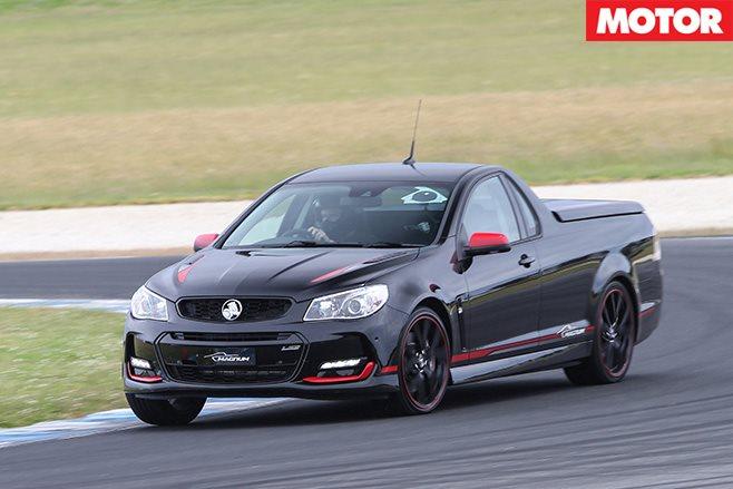 Holden Magnum front