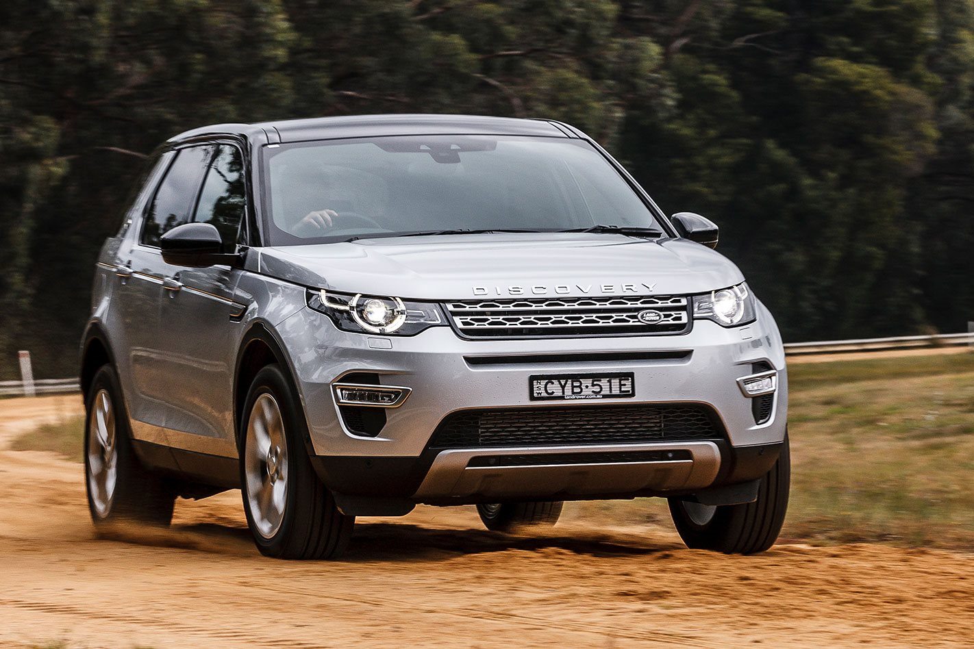 land rover discovery sport review price features. Black Bedroom Furniture Sets. Home Design Ideas