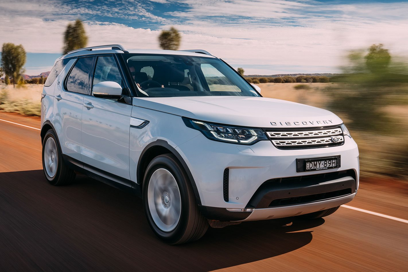 Land Rover Discovery Review, Price & Features