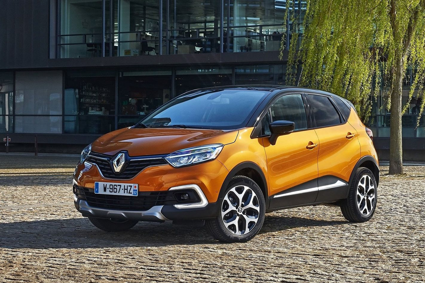 2018 renault captur intens quick review. Black Bedroom Furniture Sets. Home Design Ideas