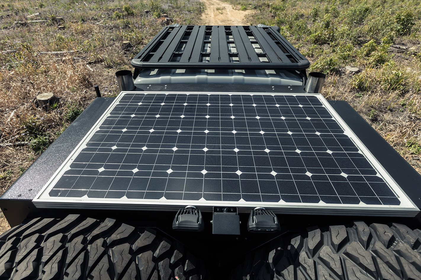 Patriot-Campers-6x6-Toyota-LC79-solar-panel.jpg