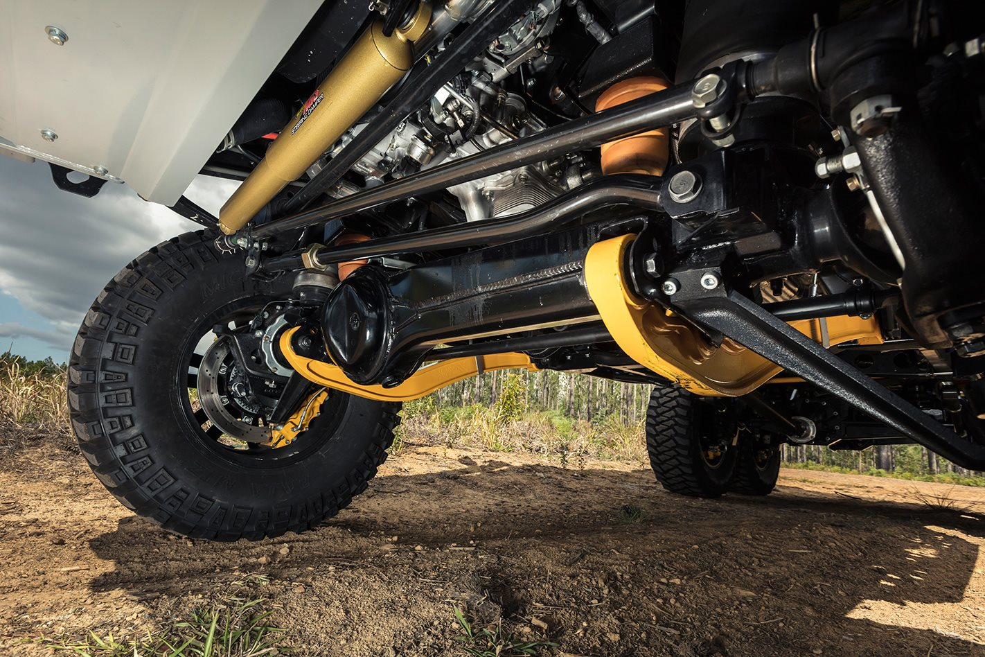 Patriot Campers 6x6 Toyota LC79 wheels