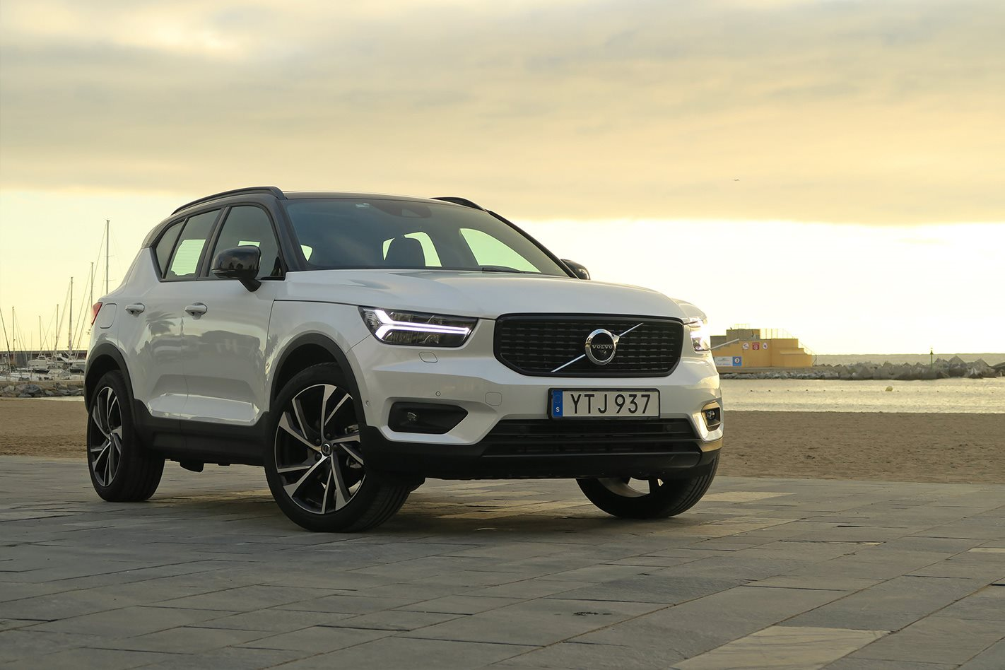 volvo xc40 quick review. Black Bedroom Furniture Sets. Home Design Ideas