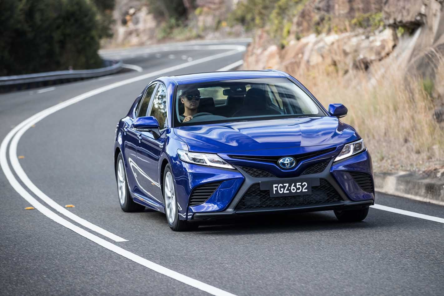 Toyota Camry 2019 Review, Price & Features | Australia