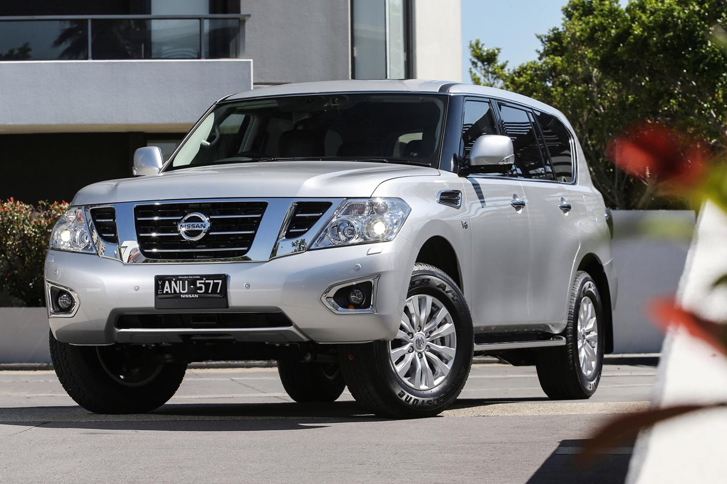 Nissan Patrol 2018 Review, Price & Features