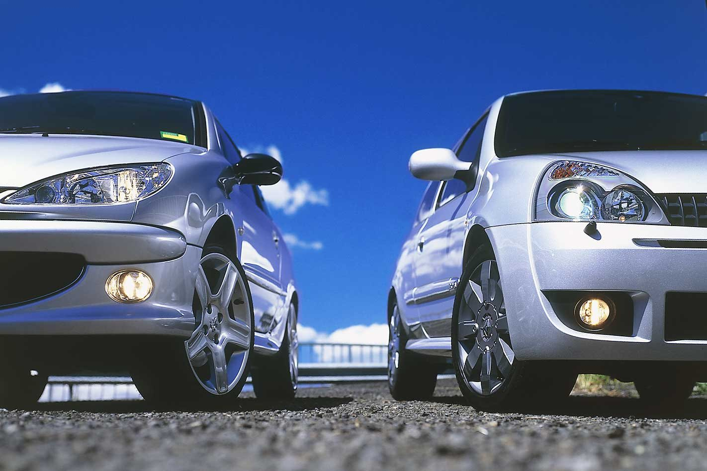 2005 Renault Sport Clio Cup Vs Peugeot 206 Gti Comparison Review Classic Motor