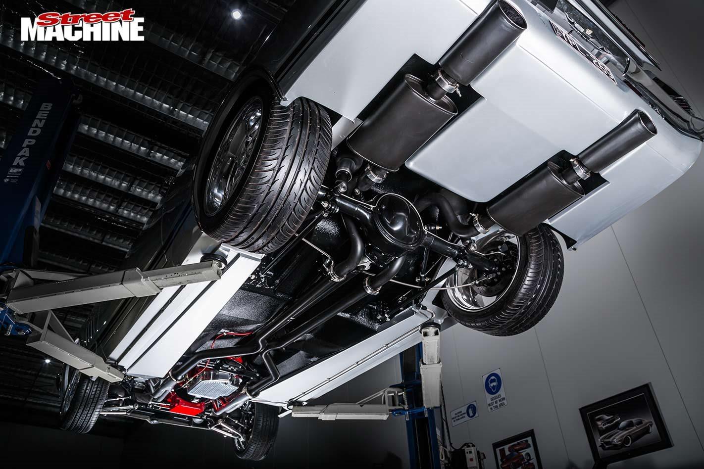 Holden HK Monaro underside