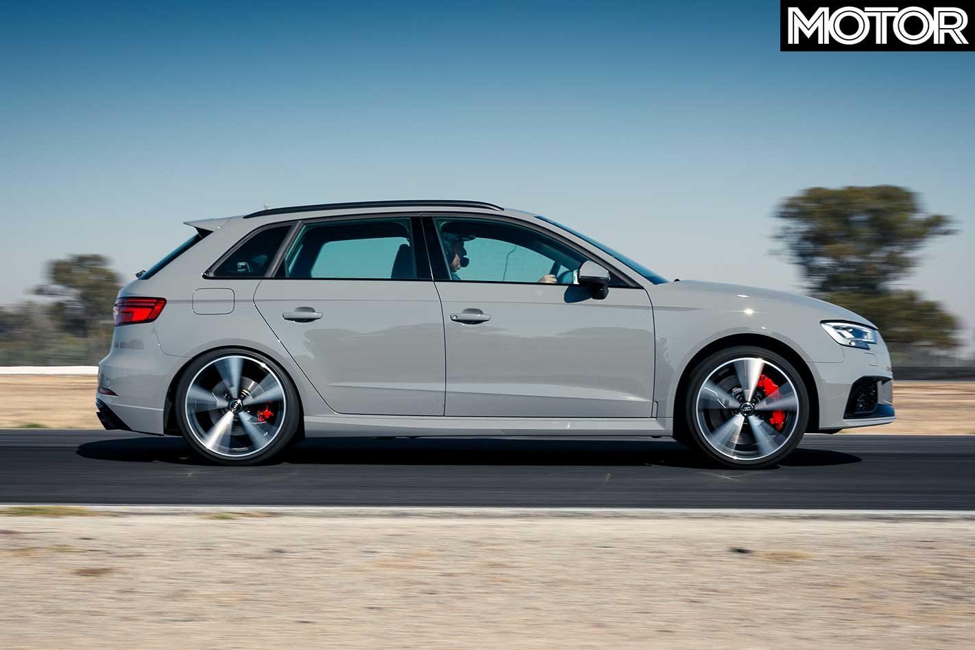 Kelebihan Audi Rs3 Sportback 2018 Perbandingan Harga