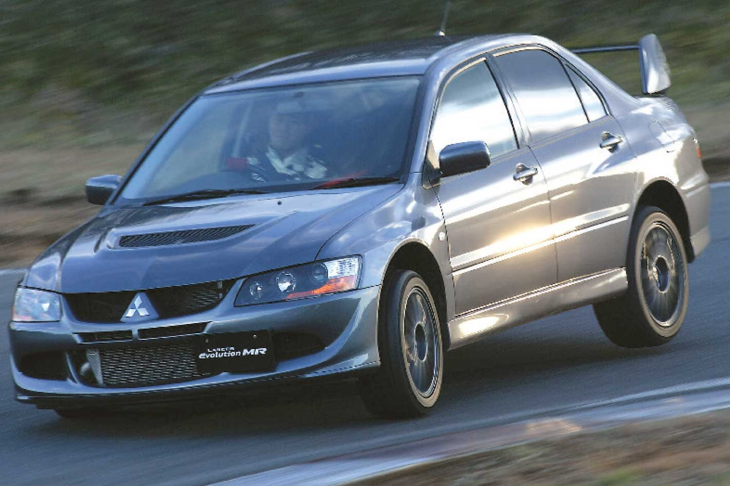 2004 mitsubishi lancer evolution viii mr review classic motor