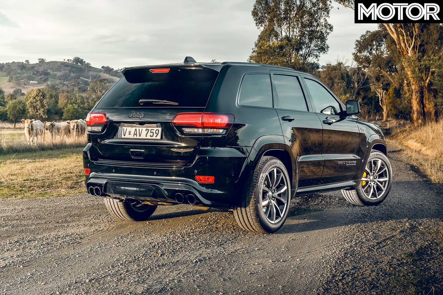 2018 Jeep Grand Cherokee Trackhawk feature performance review