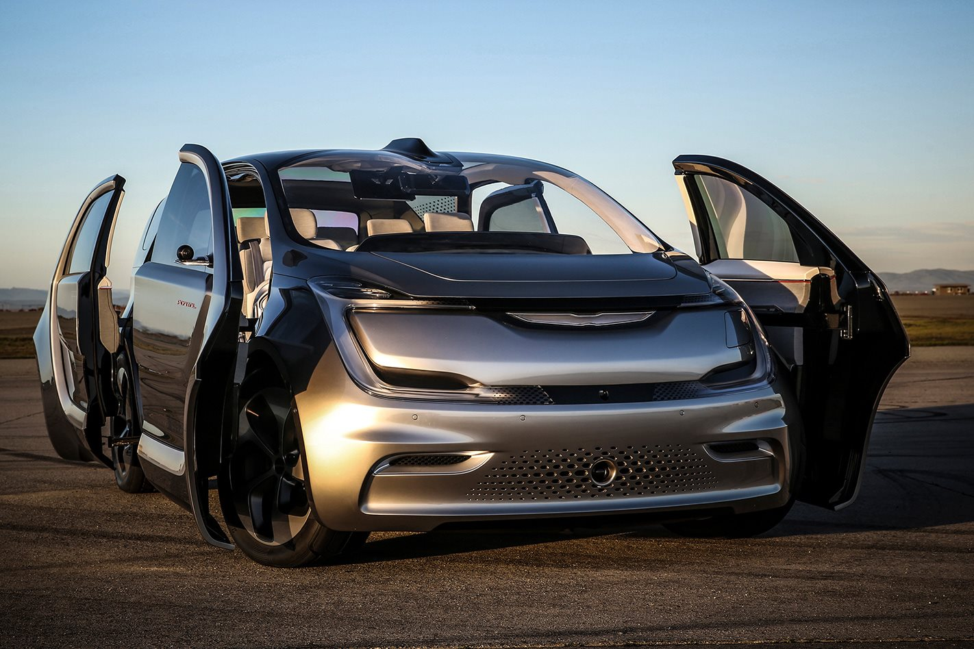 Top Gear Tyres >> Chrysler Portal electric people mover rumoured for 2020