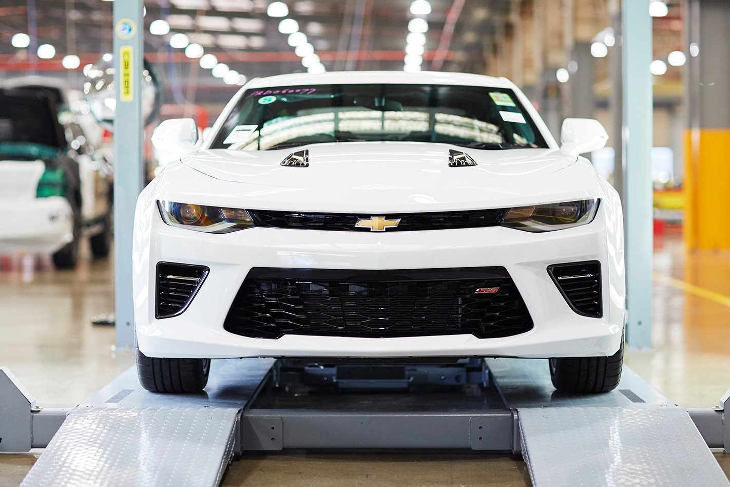 2018 Chevrolet Camaro Review Engine Wiring Diagram On Abit Sleek Styling And Transmission Calibration Minus Lack Of Space No Hud Looks Expensive Versus Mustang Gt Manual Option Yet Lacks