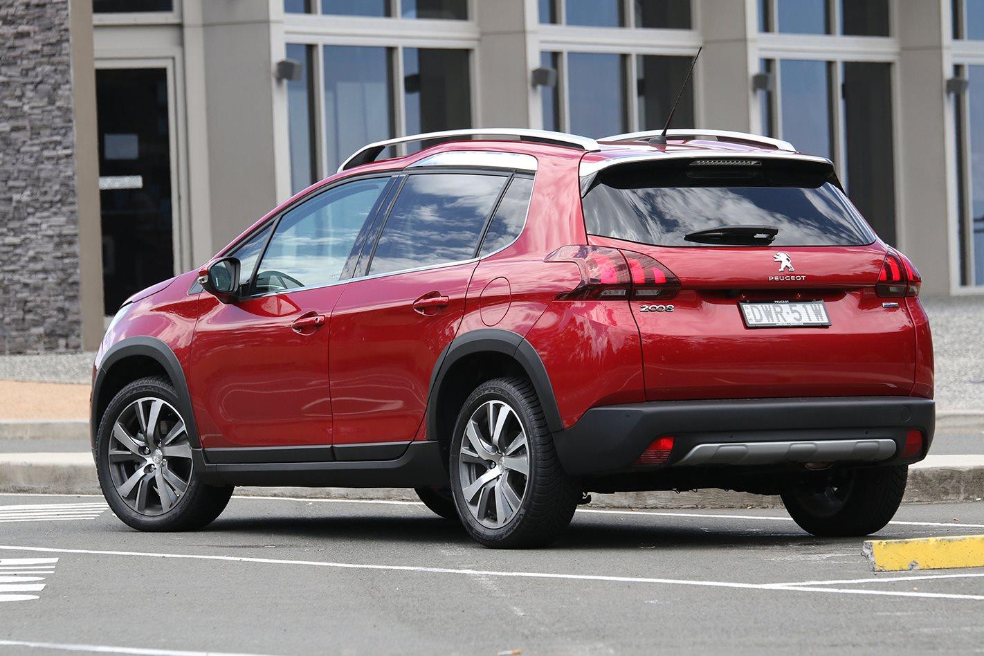 2019 Peugeot 2008 Allure Review