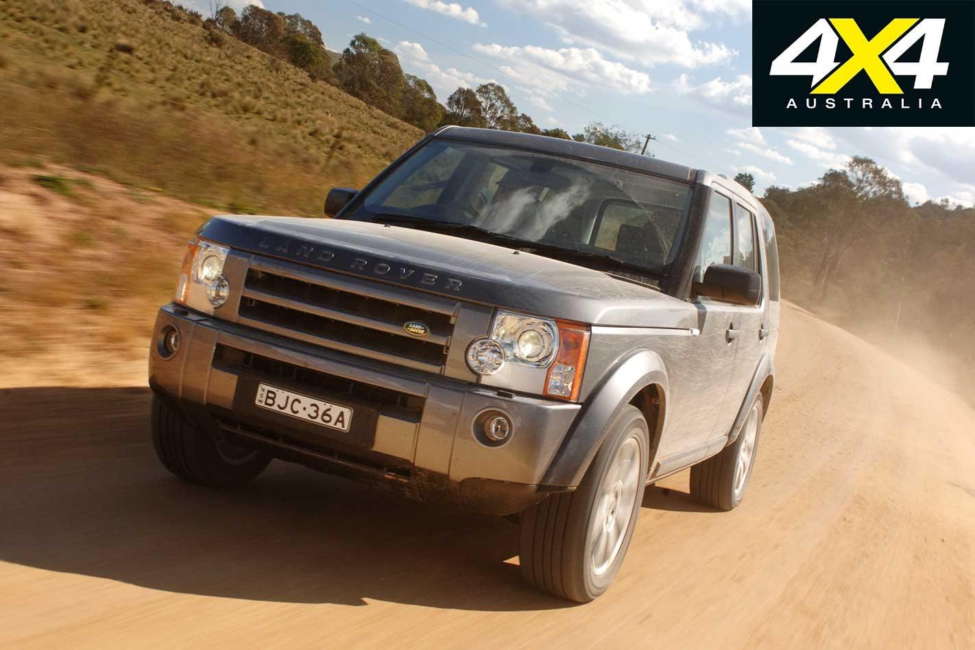 2009 Land Rover Discovery 3 vs Toyota LandCruiser 200 vs