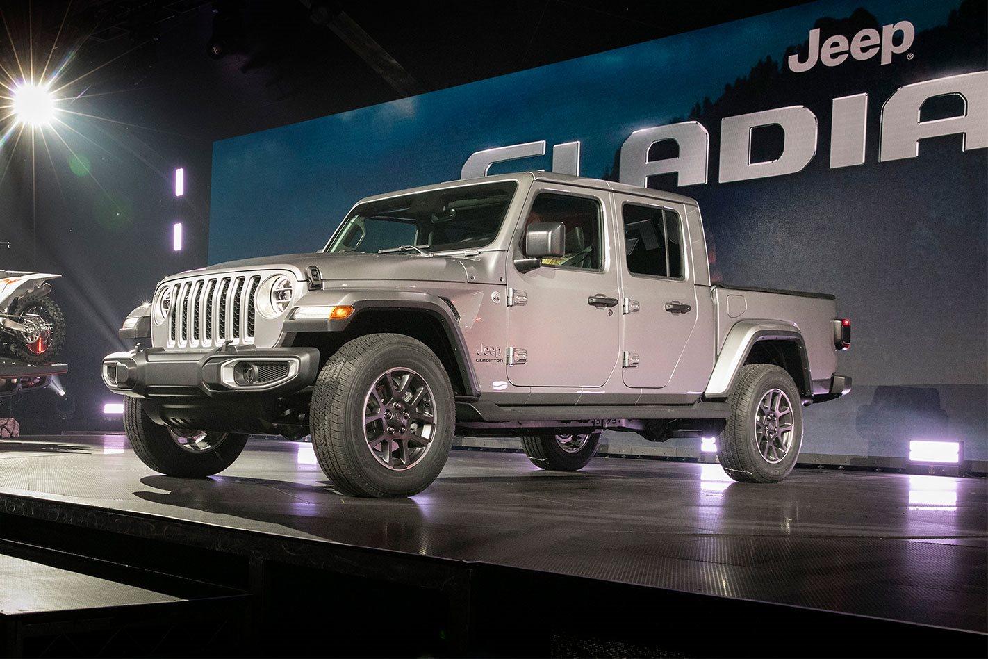 2020 Jeep Gladiator debuts at LA Auto Show