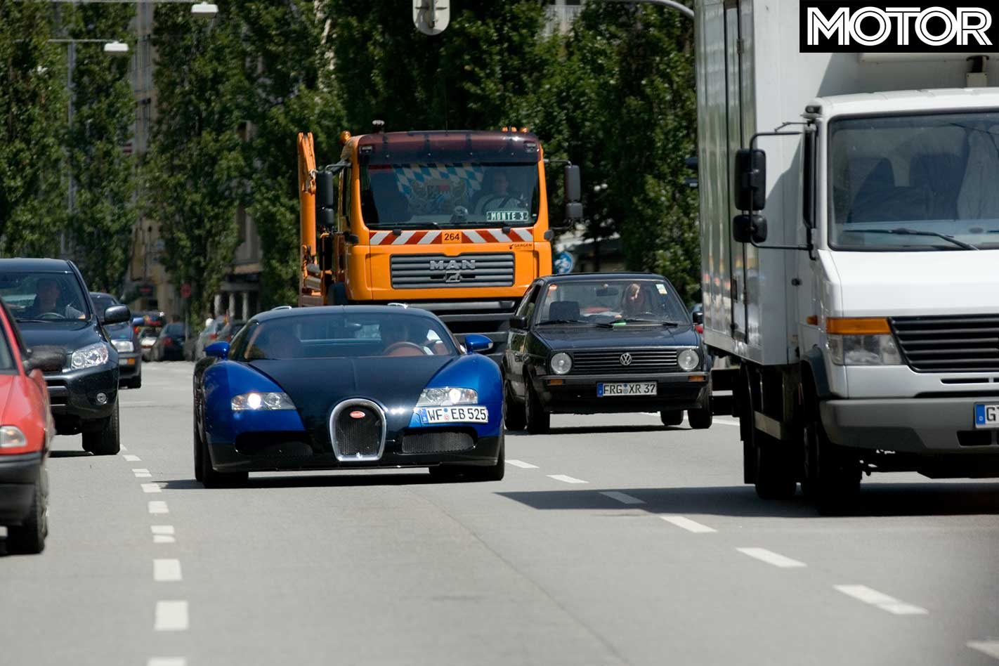 2007 bugatti veyron review: classic motor
