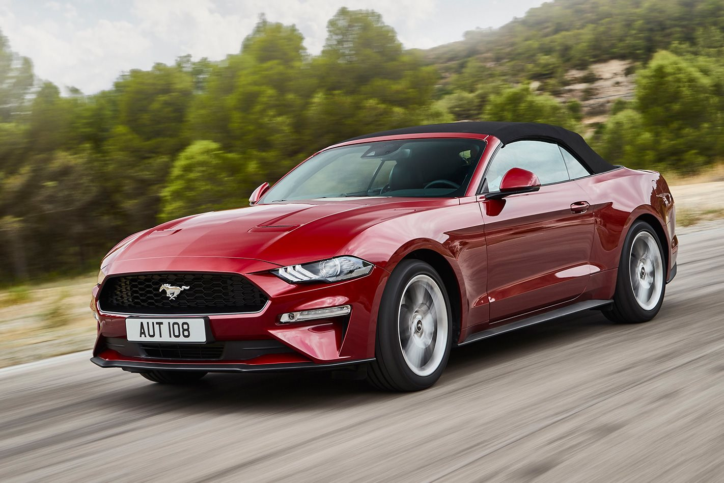 New Ford Mustang 2019 Convertible Coupe Ford Uk >> 2019 Ford Mustang 2 3 Litre Ecoboost Convertible Review