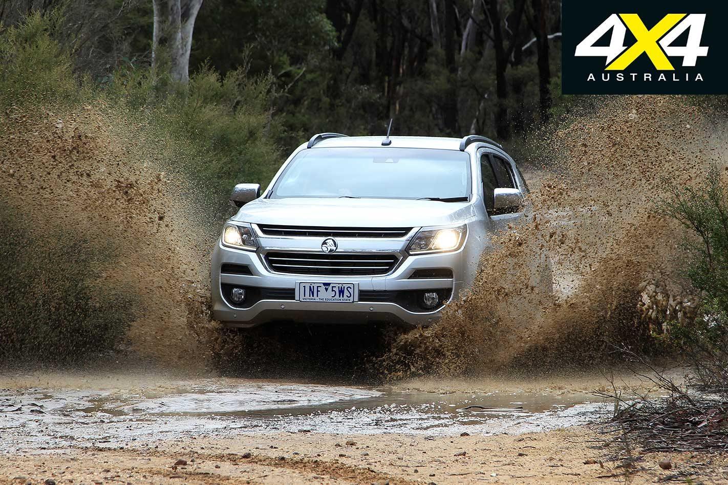 2019 Ford Everest vs Holden Trailblazer 4x4 comparison review