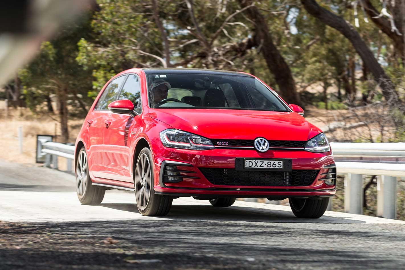 2019 volkswagen golf gti review motor. Black Bedroom Furniture Sets. Home Design Ideas