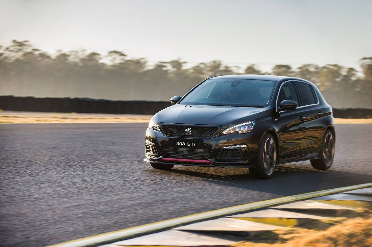Peugeot Garage Amsterdam : Special edition peugeot gti sport comes with driver training