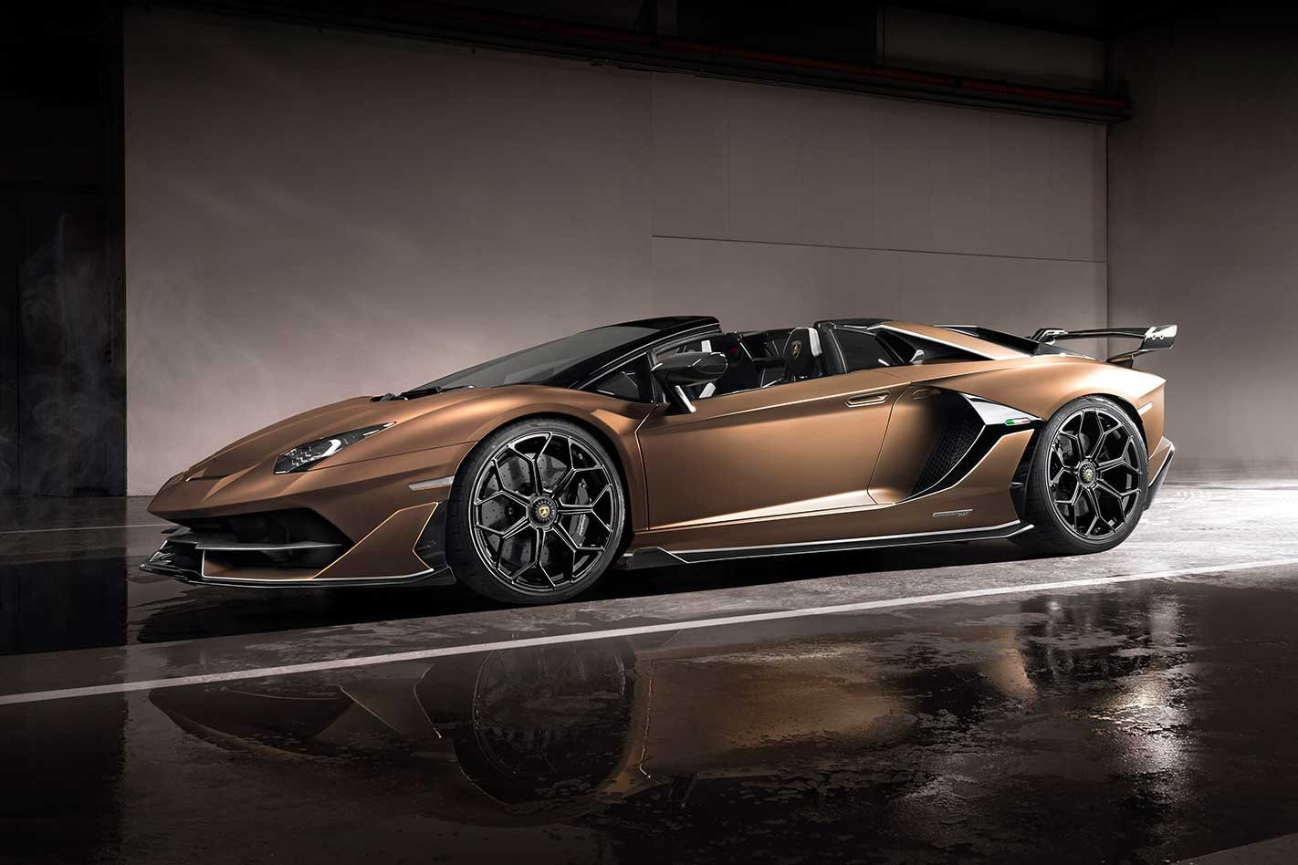 Lamborghini Aventador Svj Roadster Revealed At The 2019 Geneva Motor