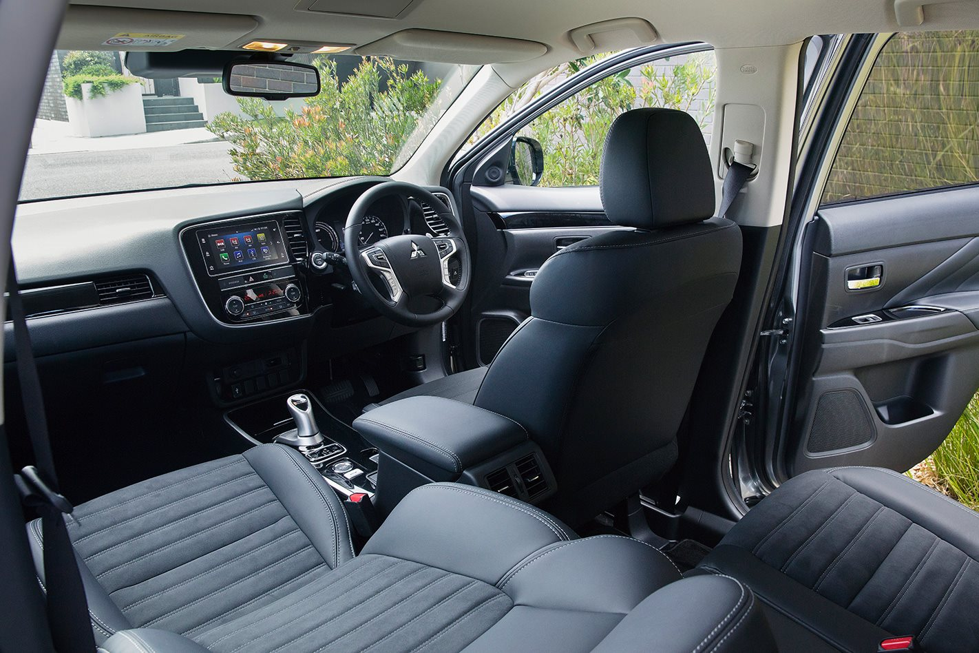 2019 Mitsubishi Outlander PHEV review: Plug-in hybrid Megatest