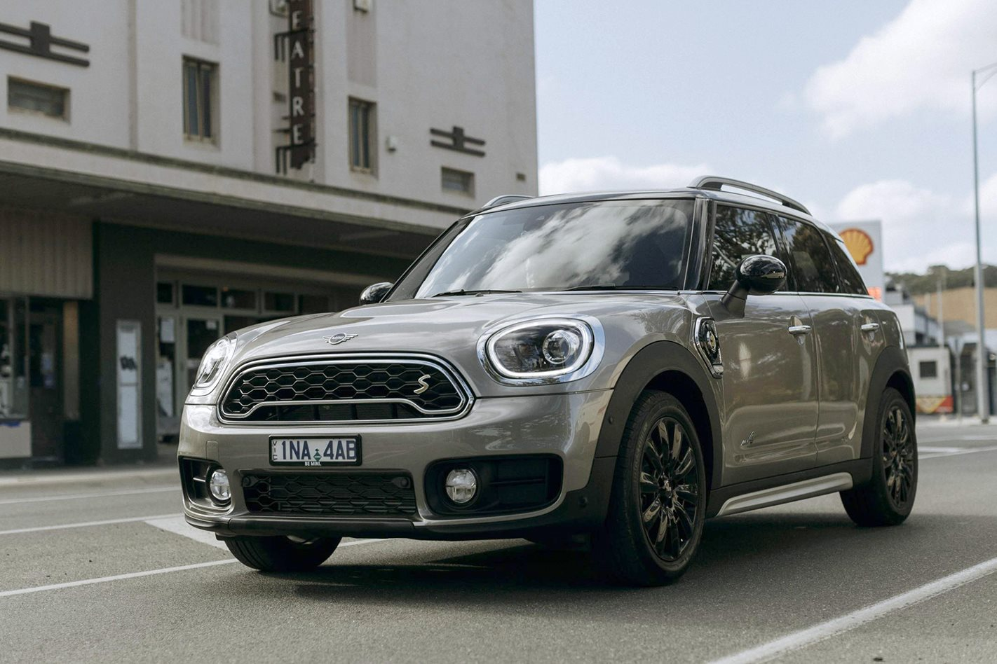 2019 Mini Countryman Plug In Hybrid Price And Features Announced