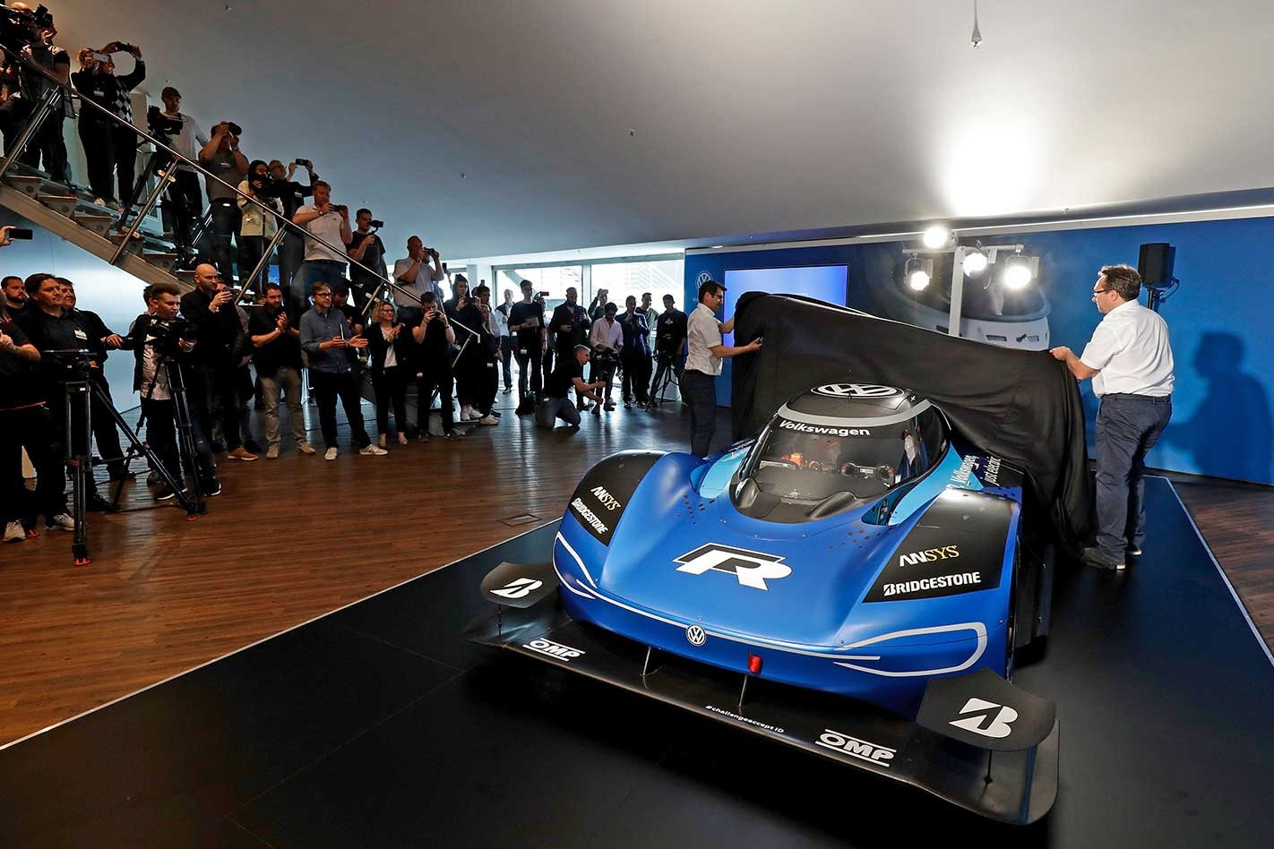 Volkswagen reveals I D R Nürburgring lap record car