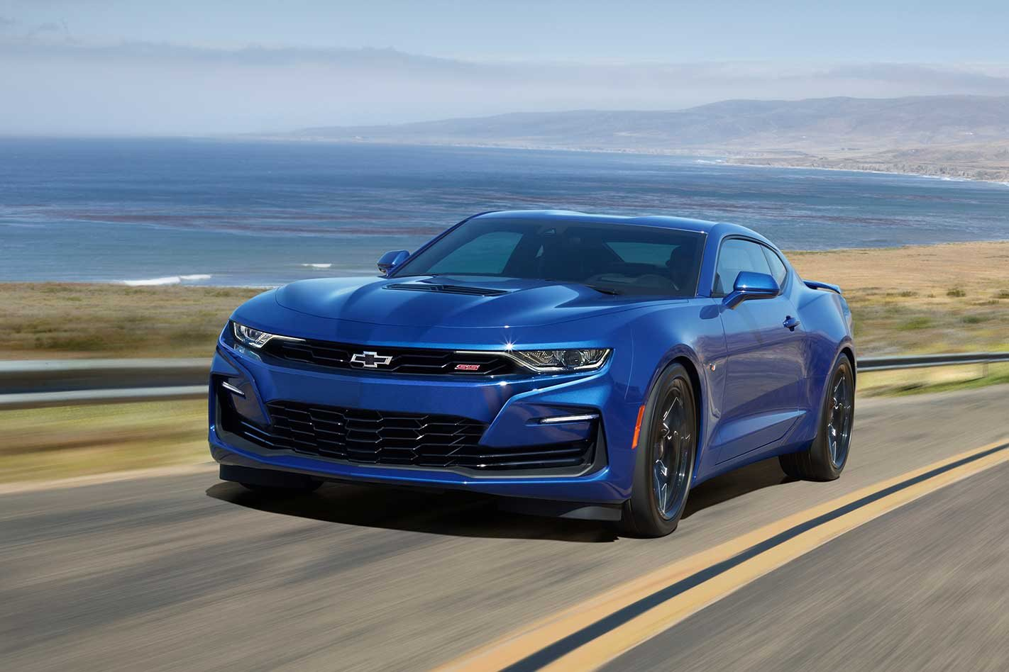 2020 chevrolet camaro ss facelift puts bowtie badge back