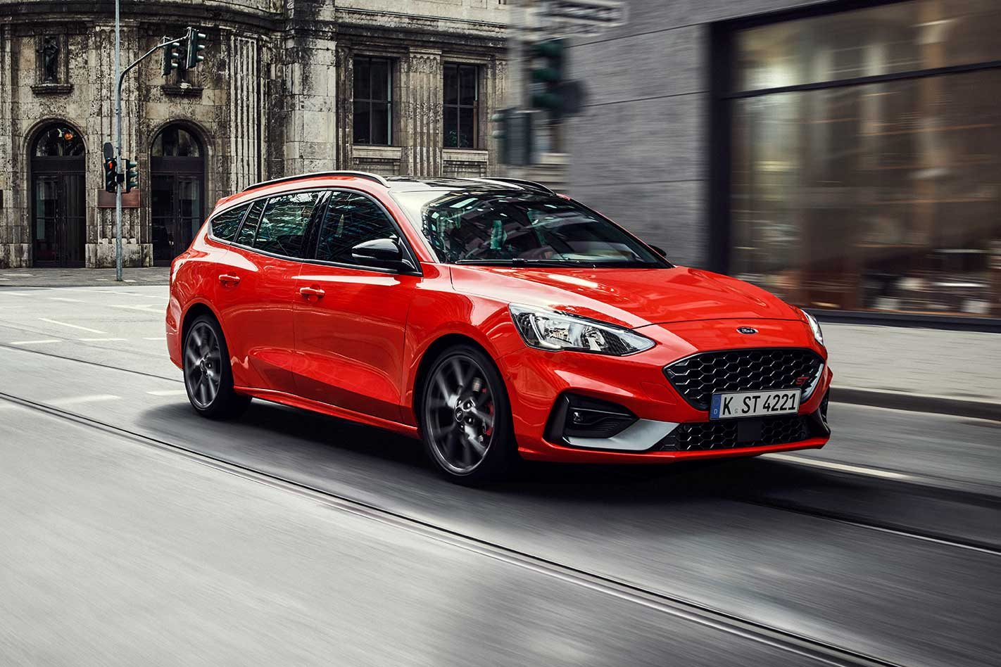2020 Ford Focus ST Wagon: Image Gallery