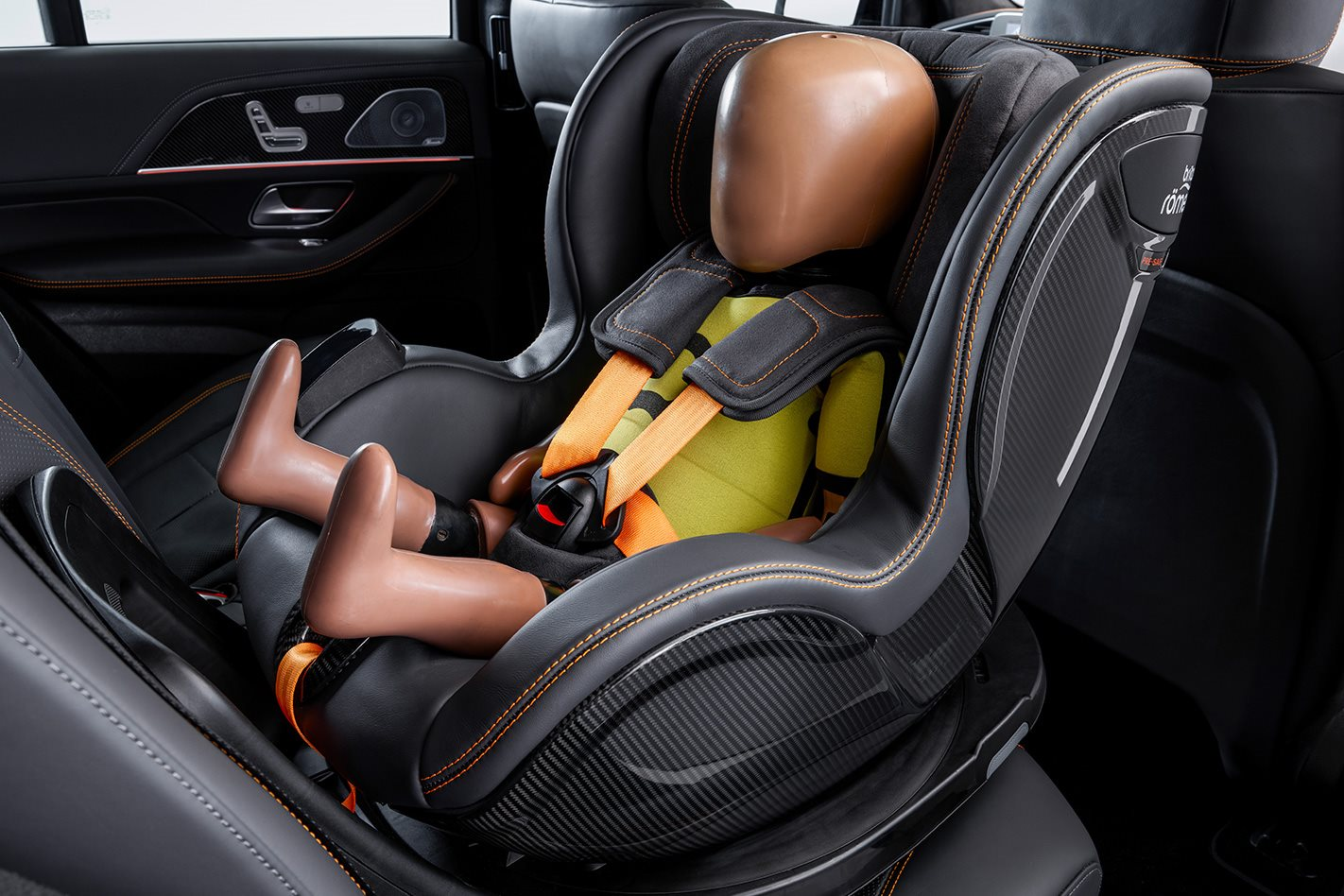 mercedes benz creates world s coolest baby car seat. Black Bedroom Furniture Sets. Home Design Ideas
