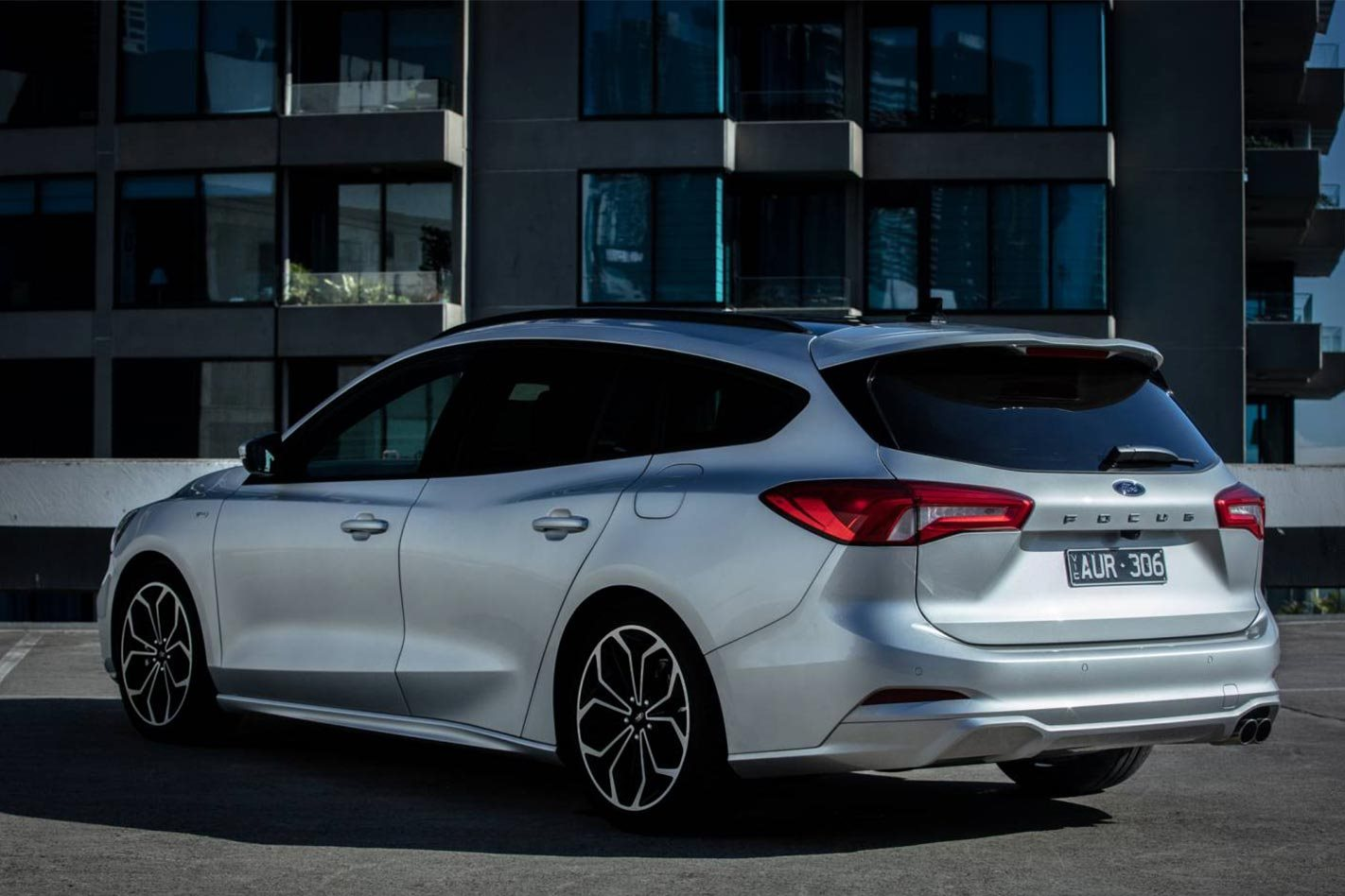 2019 Ford Focus St Line Wagon Quick Review
