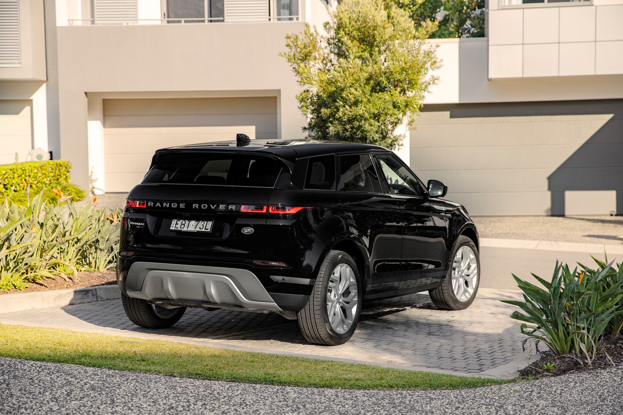 Range Rover Evoque P200 S 2020 Review