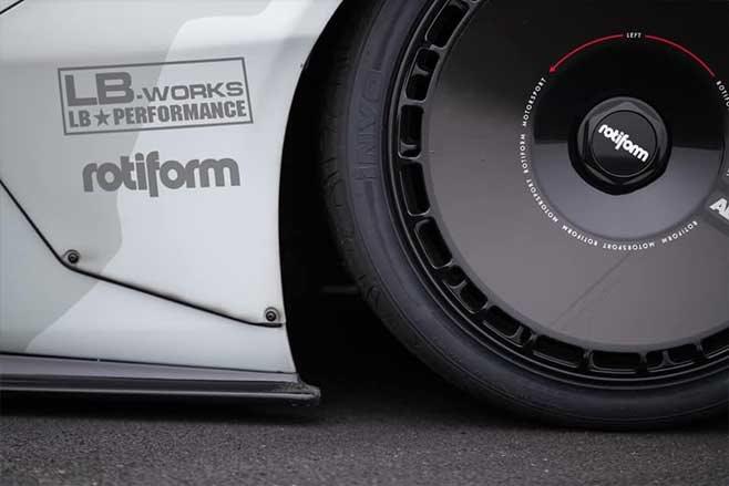 Mad Mike' Whiddett's Lamborghini Huracan drift car: Slambo