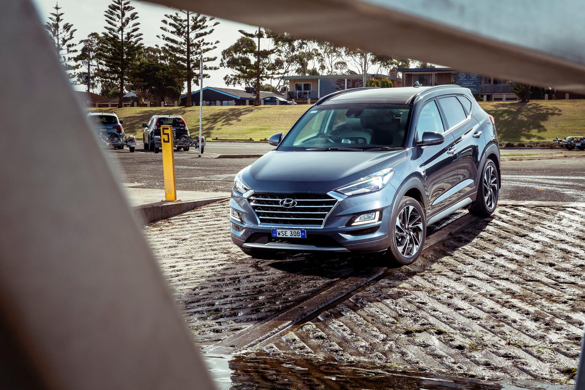 2019 mid-size SUV comparison test