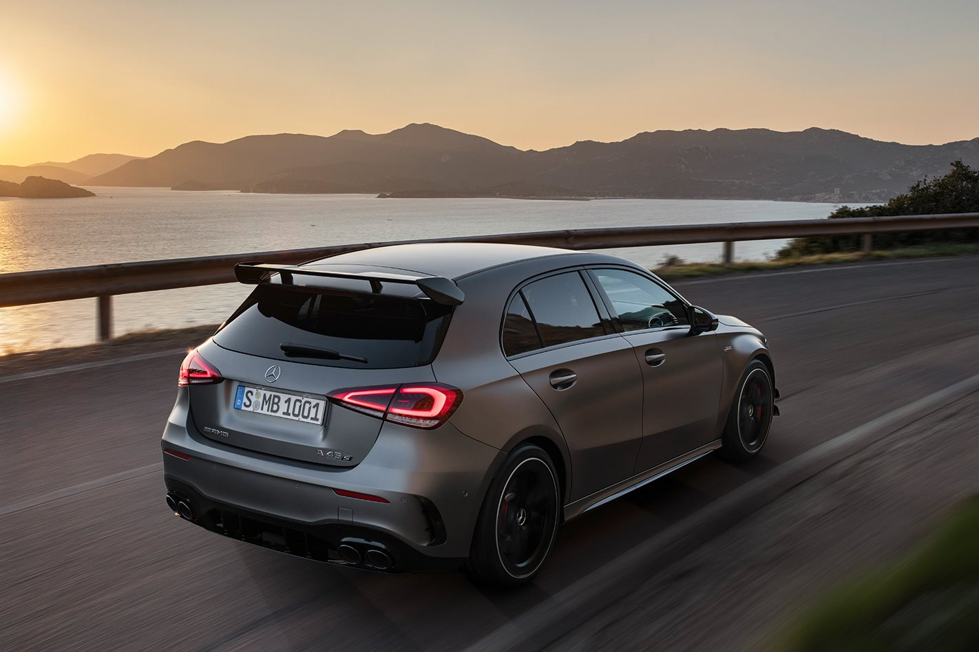 2020 Mercedes-AMG A45 S revealed