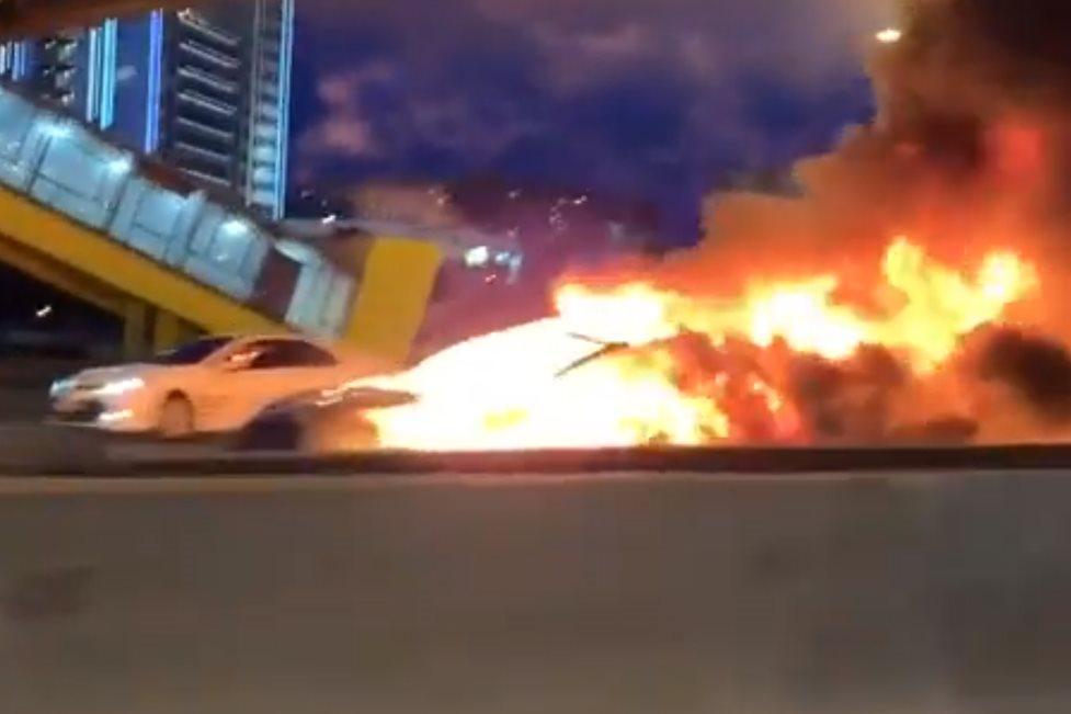 Tesla Model 3 explodes on freeway