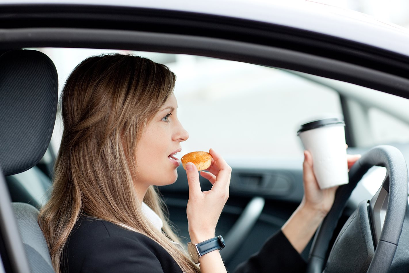Driver distraction survey suggests most Aussie drivers are liars