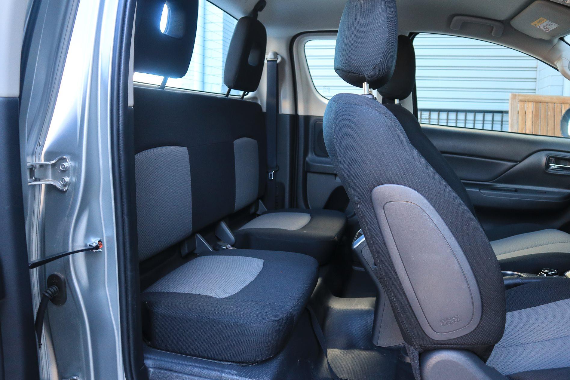 Mitsubishi Triton Glx Club Cab 2019 Review