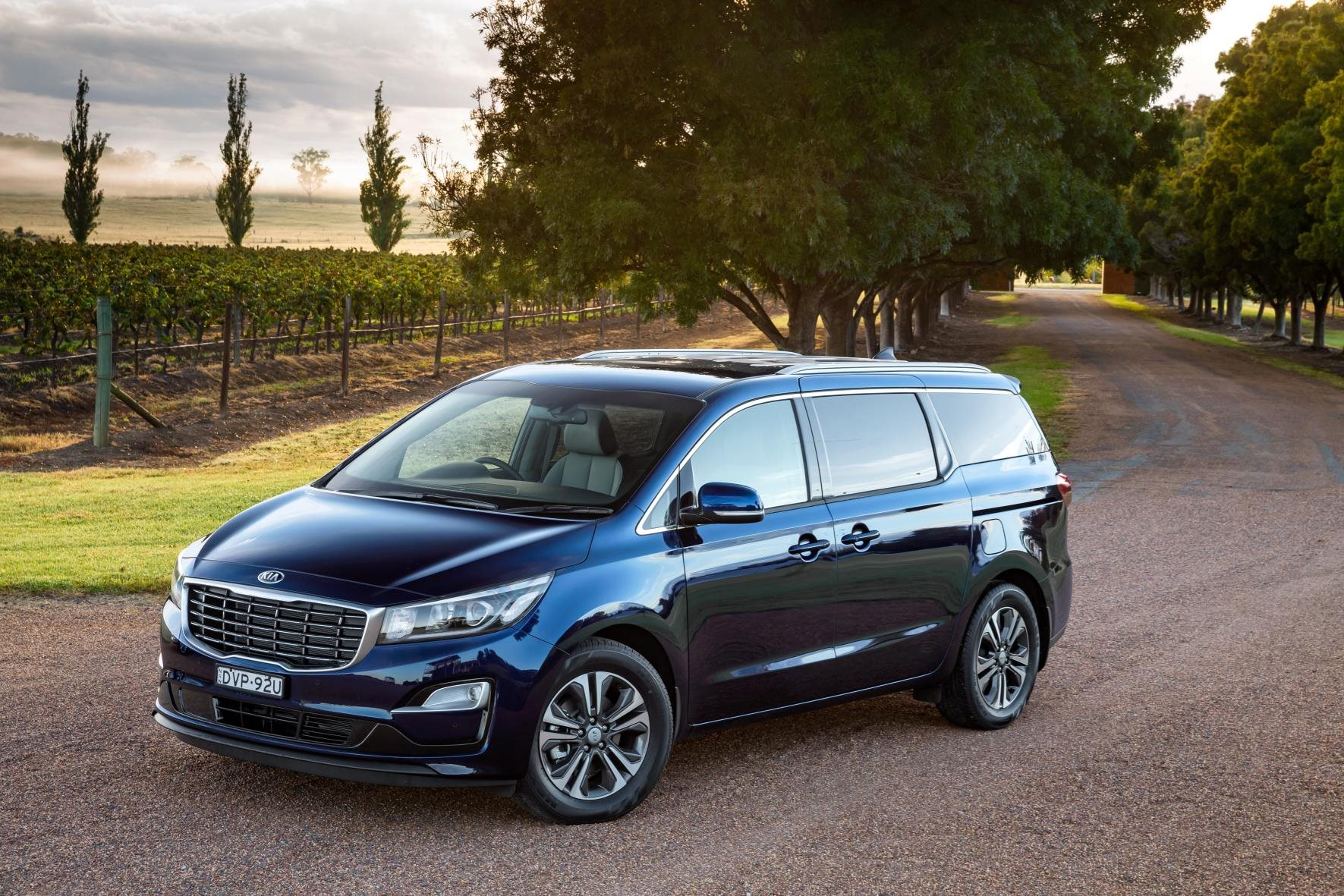 kia carnival 2021 australia  car wallpaper