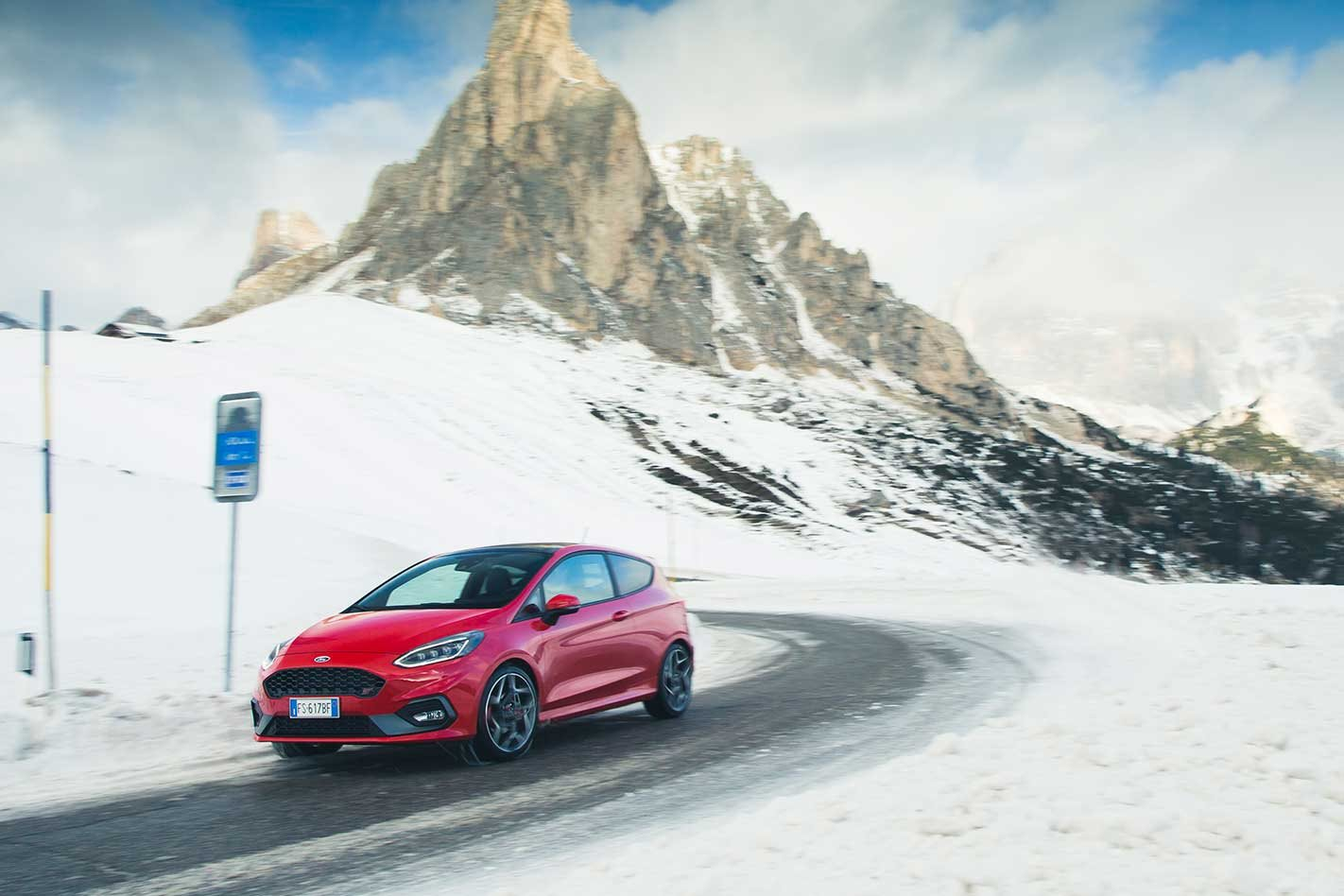 2019 Ford Fiesta ST takes on the Alps