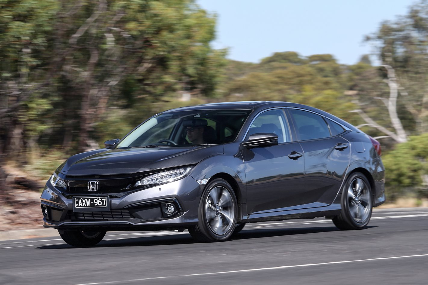 2019 Honda Civic VTi-LX sedan review