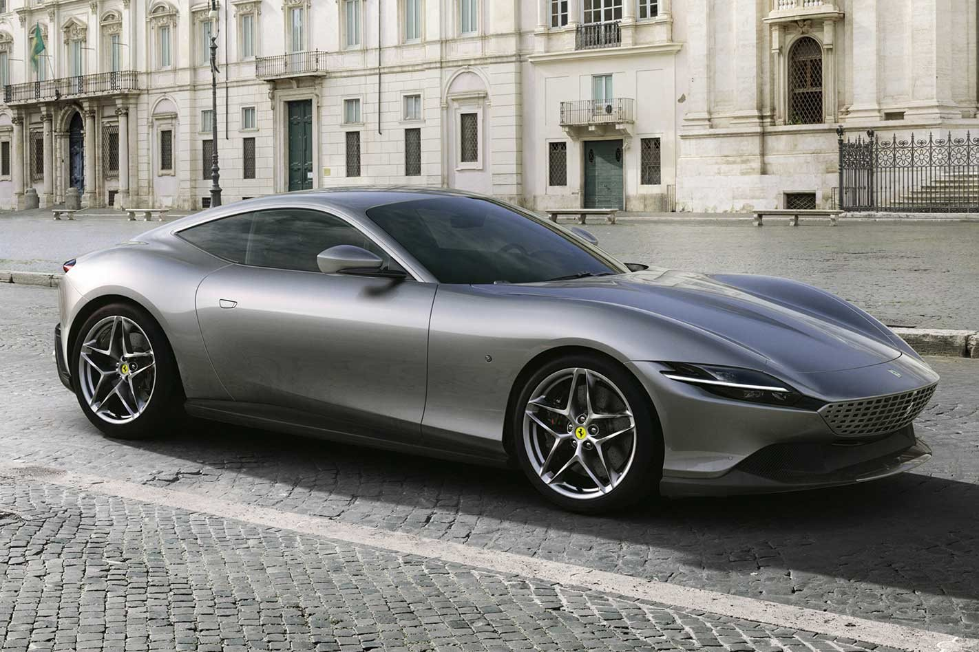 Ferrari Roma is the new 456kW Prancing Horse