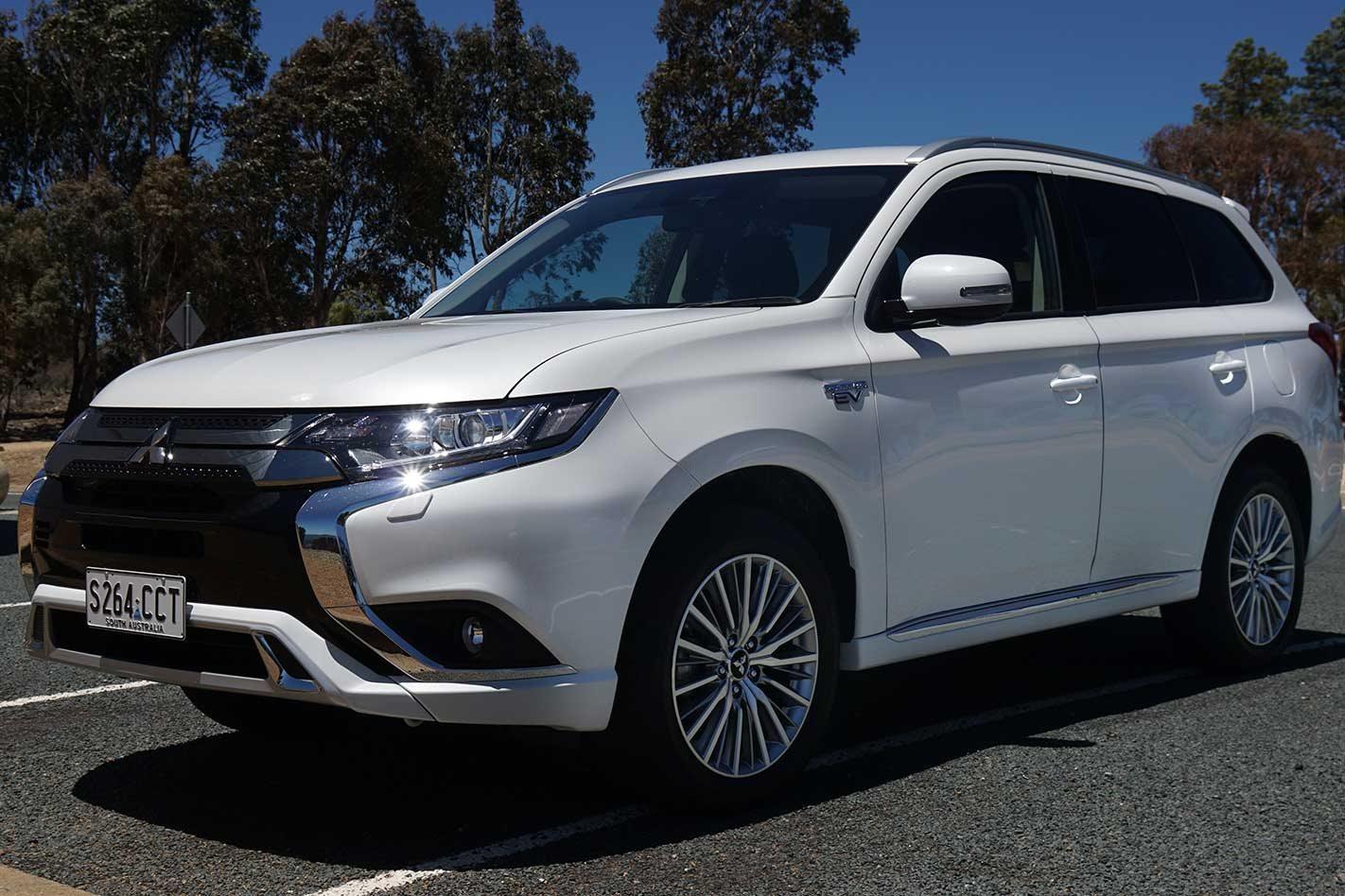 Mitsubishi Outlander PHEV gets a bigger engine with 2020 update