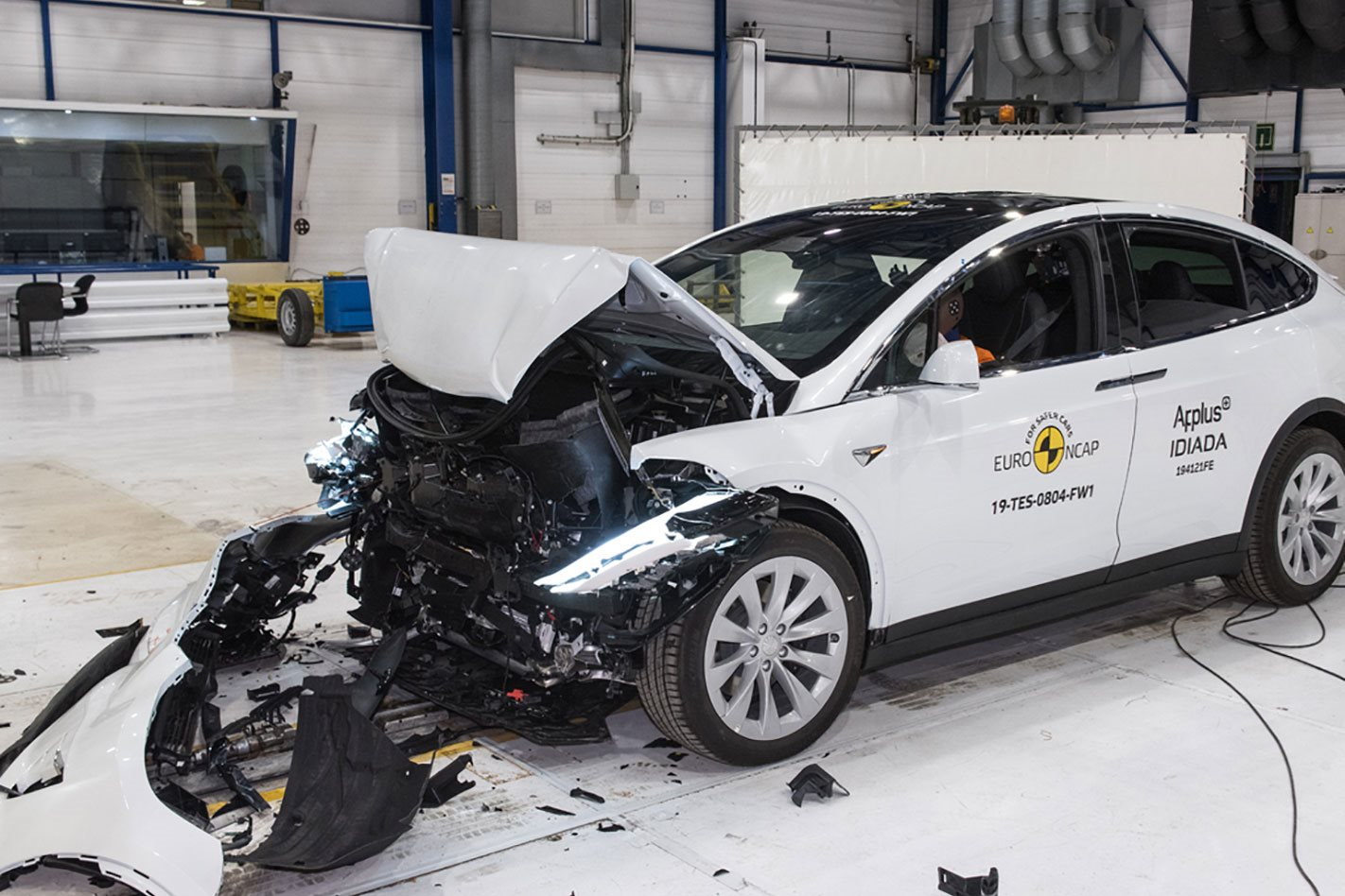 These are the safest cars to have a crash in